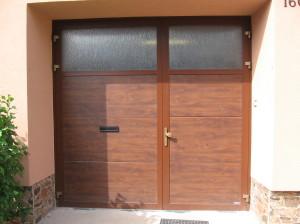 vrata křídlová