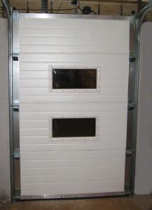 průmyslová vrata, okna, vnitřní strana