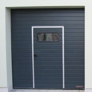 garážová vrata, antracit, dvížka, okénka